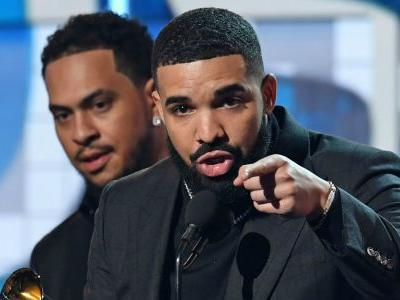 NHL playoffs 2019: Maple Leafs cursed by Drake? Toronto drops Game 4 with rapper present