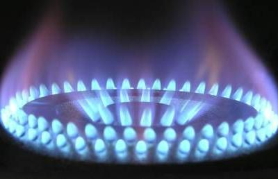 US-Russia gas war drives European energy prices to 10-year low