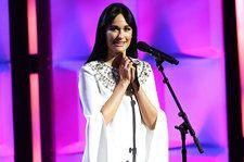 Kacey Musgraves Gives Crowd 'Butterflies' at Billboard Women in Music: 'I Feel More Connected Than Ever'