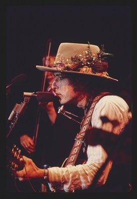 Bob Dylan - The Rolling Thunder Revue: The 1975 Live Recordings To Be Released by Columbia Records / Legacy Recordings