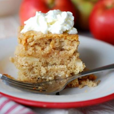Happy Apple Snacking Cake