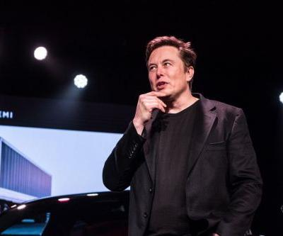 The SEC says Elon Musk is in 'blatant violation' of securities fraud settlement