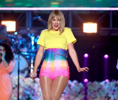 Taylor Swift Announces Official Release Date for New Album 'Lover,' and There's a Single Coming Too!