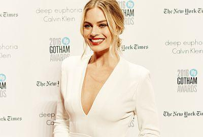 Margot Robbie's Red Carpet Relaxation Tip Is SO Good