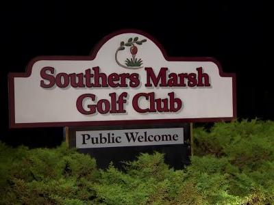 Victim's finger bitten off in Mass. golf course brawl