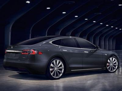 Bob Lutz Reckons Collectors Should Buy A Tesla Model S While They Still Can