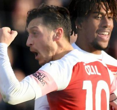 Drop me if you dare! Ozil shows his class on successful Arsenal return