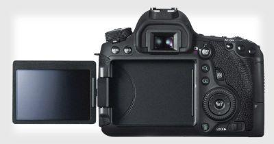The 6D Mark II Will Be Canon's First Full Frame DSLR with an Articulating LCD