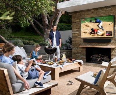 Samsung's Terrace TV Has Been Designed For Outdoors Use