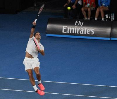 Federer aims for 14th Aussie quarter-final