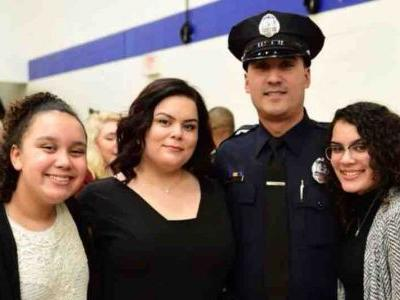 'I'm speechless': Officer continues helping others as his own home burned