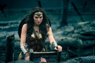 We Saw 16 Minutes of 'Wonder Woman' and It Looks Like the Movie DC Needs Right Now