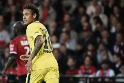 Neymar shines for PSG in belated debut