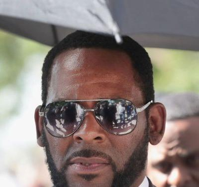 R. Kelly Arrested On Federal Child Pornography Charges