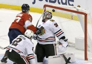 Gustafsson's goal gives Blackhawks 5-4 OT win over Panthers