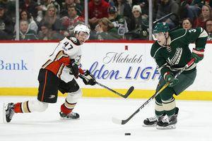 3 late goals lift surging Wild to 5-3 win over Ducks