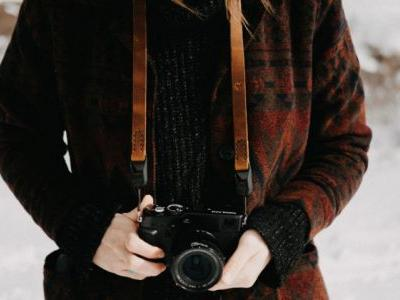 Leatherworker Wants Photographers to Actually Enjoy Carrying a Camera