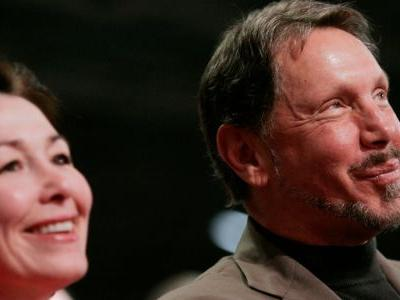 Oracle's top four execs didn't get their latest $21 million chunk of performance-based stock options for a very telling reason