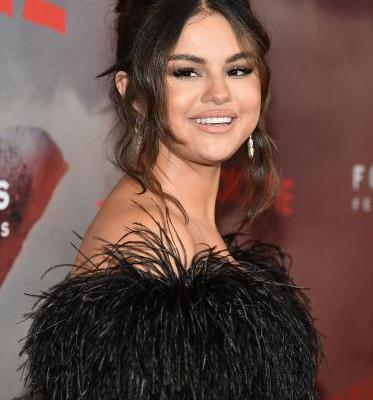 Is Selena Gomez Starting A Makeup Line? The Singer Filed For A Beauty Trademark & That's Huge