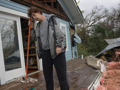 'The whole city looks like a nuke was dropped on it:' Photos show the devastation left in Florida by Hurricane Michael