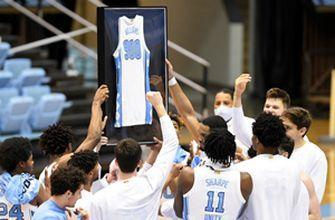 Roy Williams picks up career win No. 900 in North Carolina's victory over No. 11 Florida State