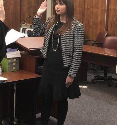 Breaking barriers: Woman becomes 1st openly autistic person to practice law in Florida