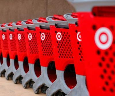 Target forecasts a disappointing holiday quarter