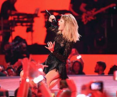 Taylor Swift's Reputation Sells 1.2M In First Week