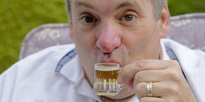 Why Strong Beer is Served in a Smaller Glass