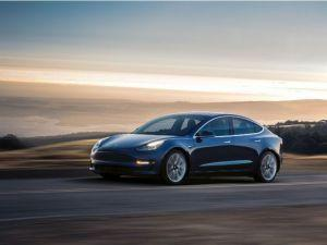 Teslas Autopilot System Now Detects Motorcycles