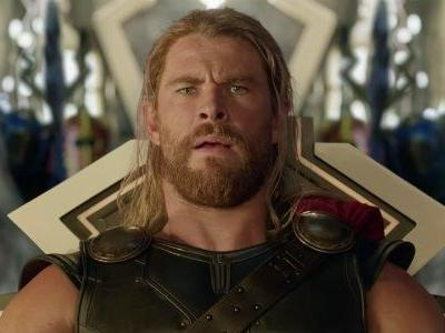 The Funny Gag Thor: Ragnarok's Director Liked To Play On Chris Hemsworth