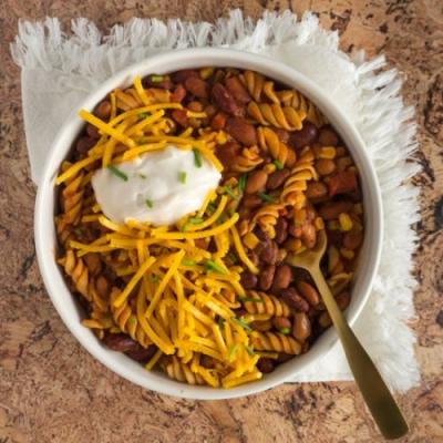 Easy Vegan Slow Cooker Chili Mac