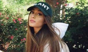 Ariana Grande suspends her world tour because of the Manchester blast