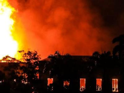 A huge fire probably destroyed hundreds of artefacts, including a 12,000-year-old skeleton, a pterodactyl, and priceless indigenous texts at Brazil's national museum