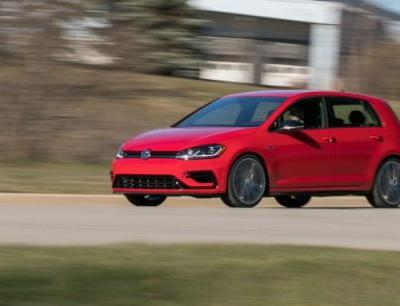 2018 Volkswagen Golf R Manual Tested!