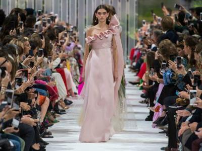 The Fantastic Valentino Spring 2018 Collection Brought Glamour to Functional Fashion