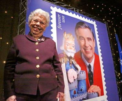 Joanne Rogers, widow of television icon Fred Rogers, dies at 92