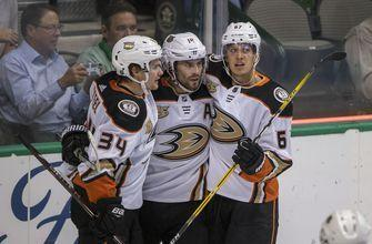 Ducks hot start falls short against Dallas