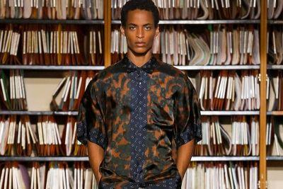 Dries Van Noten's 2018 Spring/Summer Collection Presents Elegant Pattern-On-Pattern Outfits