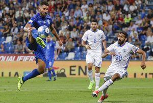 Italy beats Israel 1-0 to all but secure playoff place