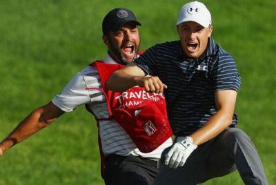 Jordan Spieth rides luck to deliver big finish at Travelers