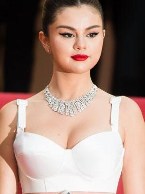 Selena Gomez Reportedly Trademarked Her Name to Create Her Own Beauty Brand, and I'm SO Ready
