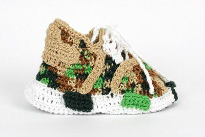 Romeo Babe Reimagines 2016's Most Popular Silhouettes as Knitted Baby Shoes