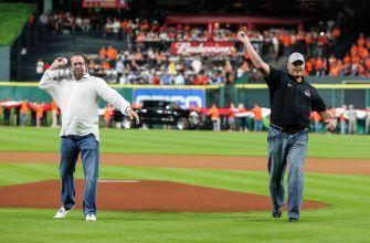 MLB Hall of Fame: Jeff Bagwell, Tim Raines, Ivan Rodriguez Elected