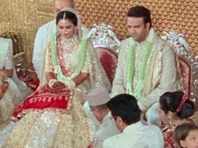 Isha Ambani and Anand Piramal are married. First pics of newlyweds