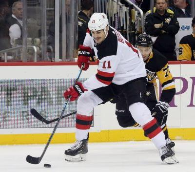 Brian Boyle helps NJ Devils snap slump with hat trick on Hockey Fights Cancer Night