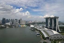 First four months of 2017 saw 4.4% more visitors to Singapore