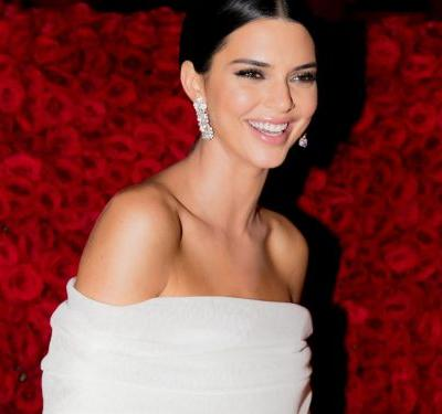 The One Beauty Product Kendall Jenner Always Uses Before A Date