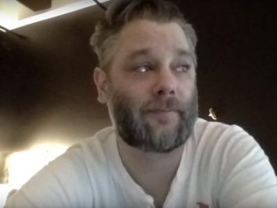 God of War Director Cory Barlog Gets Emotional Reading Reviews, Reminding Us That it's People that Make Games