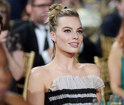 The Gorgeous Nude Lipstick Margot Robbie Wore to the Critic's Choice Awards